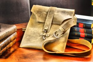 Light Brown Ayre Messenger