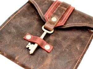 Edinburgh Leather Clutch With Antique Key