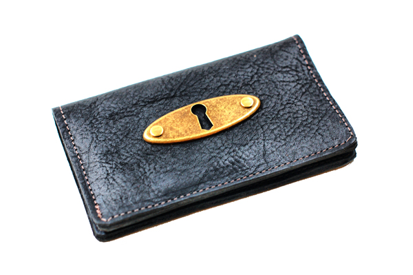 Keyhole Leather Phone Wallet