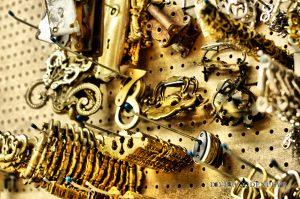 Divina Denuevo Antique Hardware
